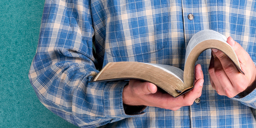 """""""The Bible Answer Man"""" Turns East: An Unlikely Conversion"""