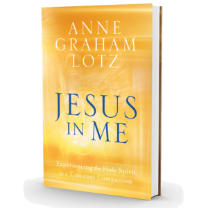 Jesus In Me: Experiencing the Holy Spirit as a Constant Companion - Book