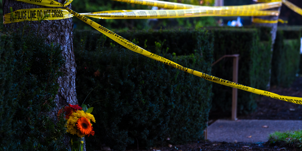 4 Biblical Ways to Respond to Mass Shootings and Other Tragedies